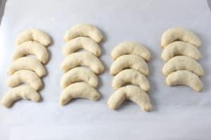 Vanillekipferl (German Vanilla Almond Crescent Cookies)
