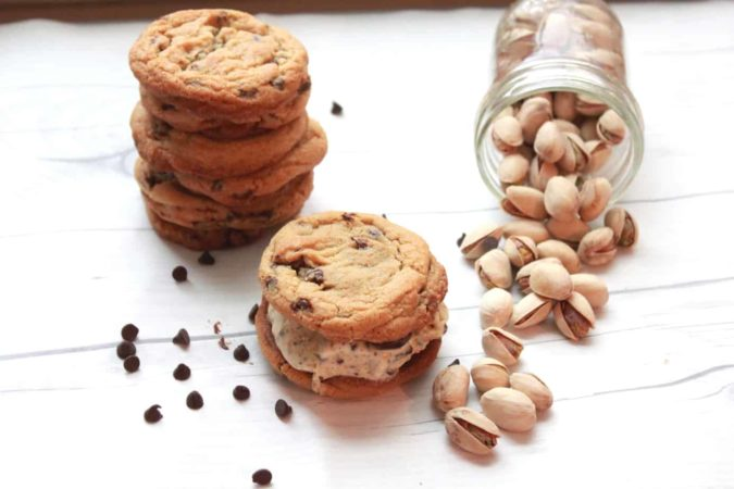 Chunks of chocolate and pistachios with a sweet, touch of sea salt ice cream and soft chewy chocolate chip cookies!!