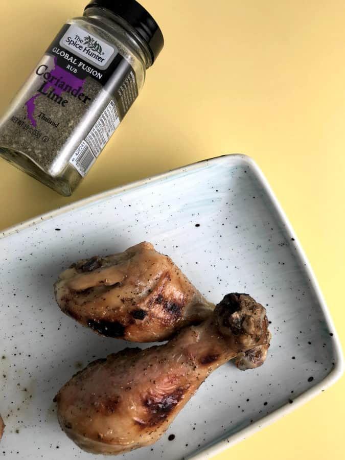 TheseCrispy Sous-Vide Chicken Drumsticks are so tender and juicy in the inside and crispy on the outside!