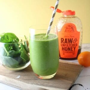 Sweet pineapple and orange are blended together with a creamy banana with the brightness of fresh spinach and raw honey!